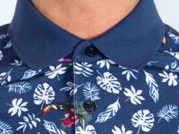 Как да комбиниране мъжки тениски